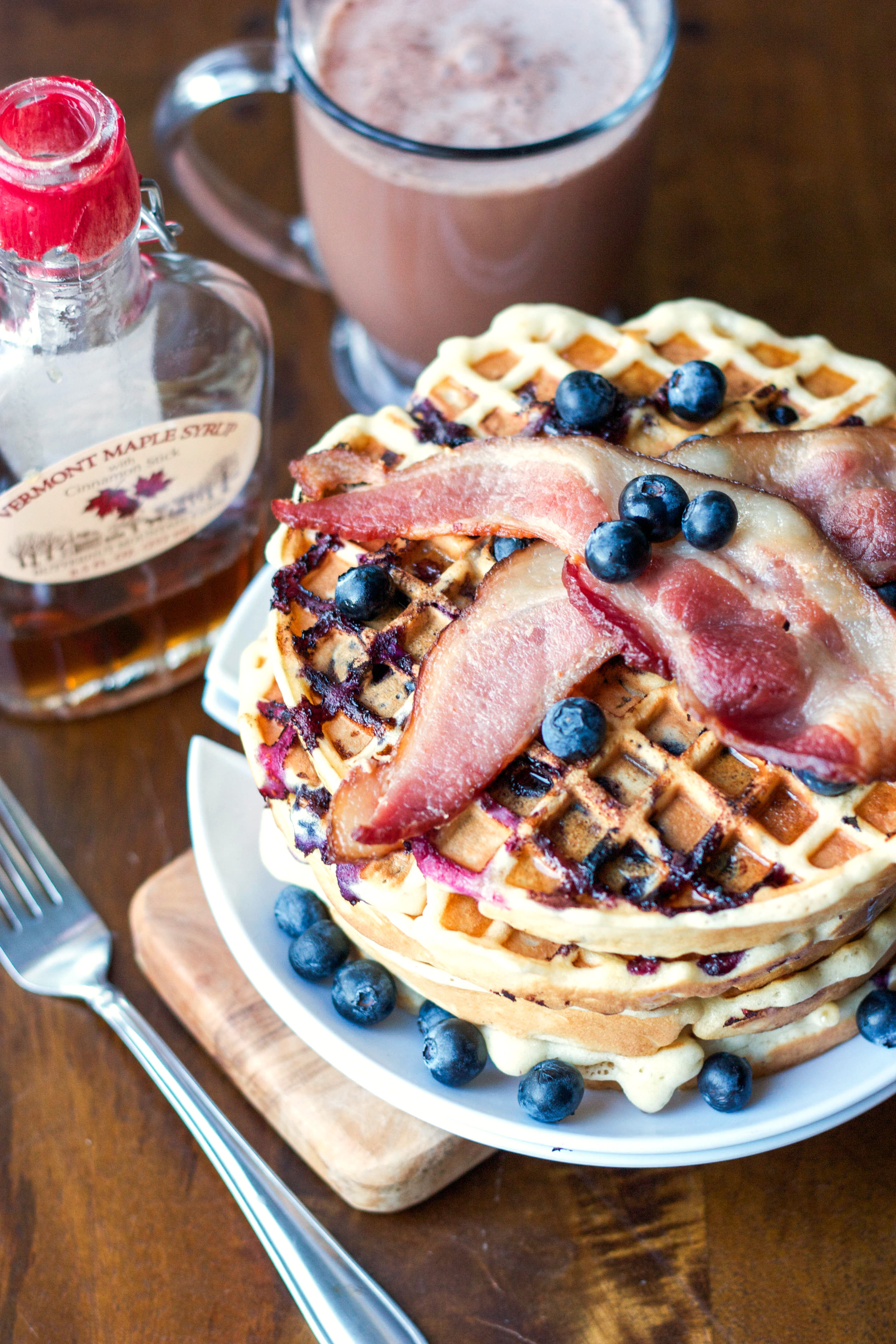 Blueberry_Belgian_Waffles_with_Bacon.jpg
