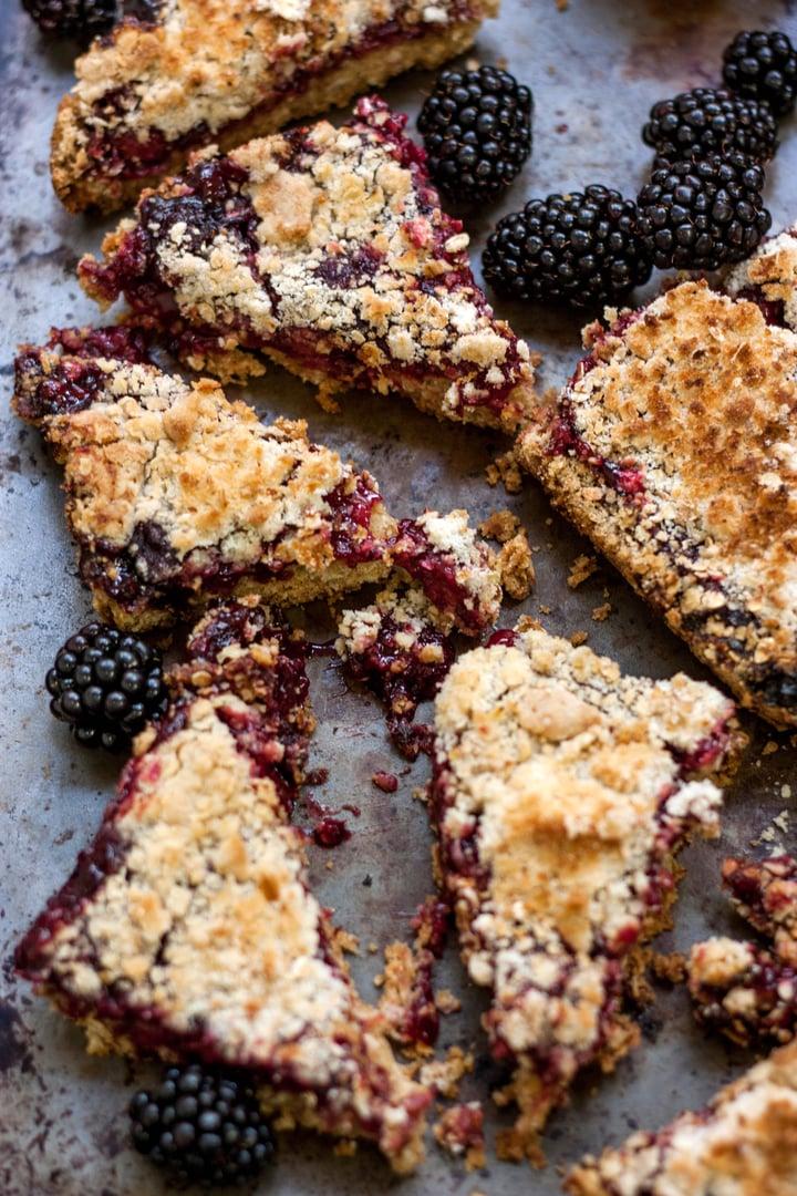 blackberry oat bars