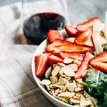 strawberry_and_kale_salad_edited-1.jpg
