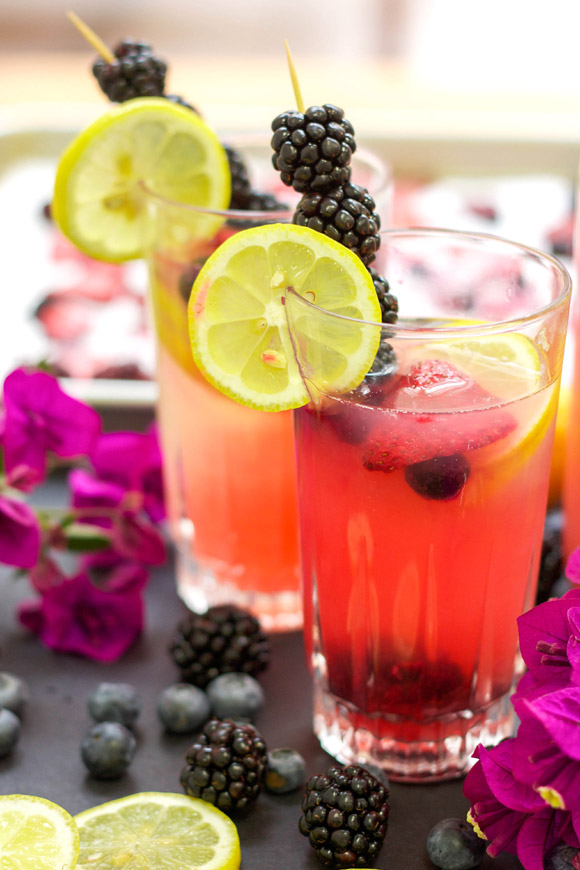 roasted-mixed-berry-lemonade-cocktail-web-3