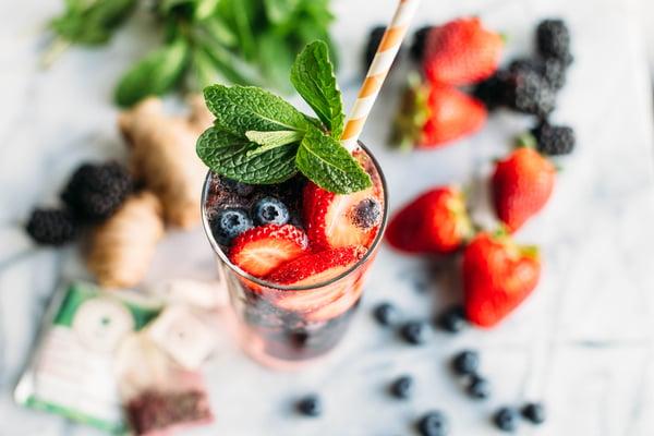 DIY starbucks berry refresher-4 (2)