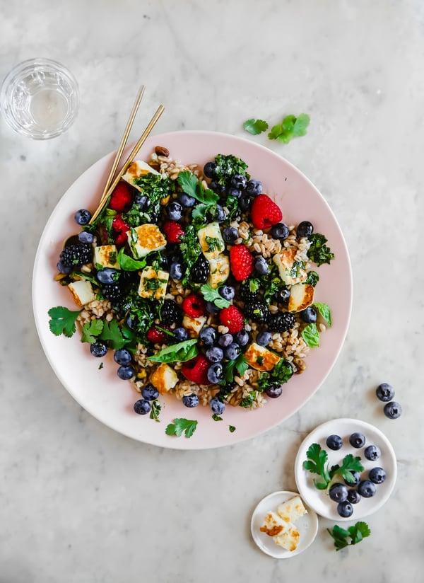 Mixed-Berry-Salad-Grain-Bowl
