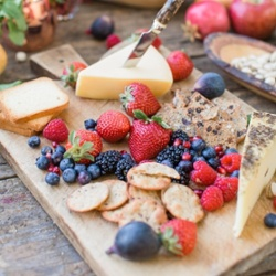 berry and cheese platter- 250x250