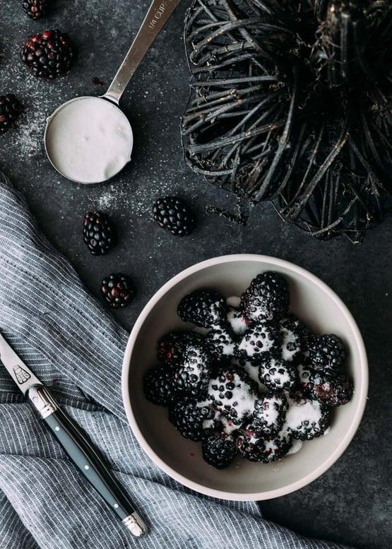 blackberry-el-diablo-halloween-cocktail-1-680x952 2.jpg