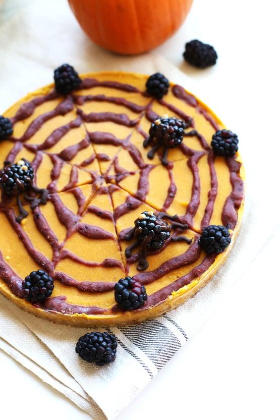 blackberry-pumpkin-pie-nice-cream-tart-2.png