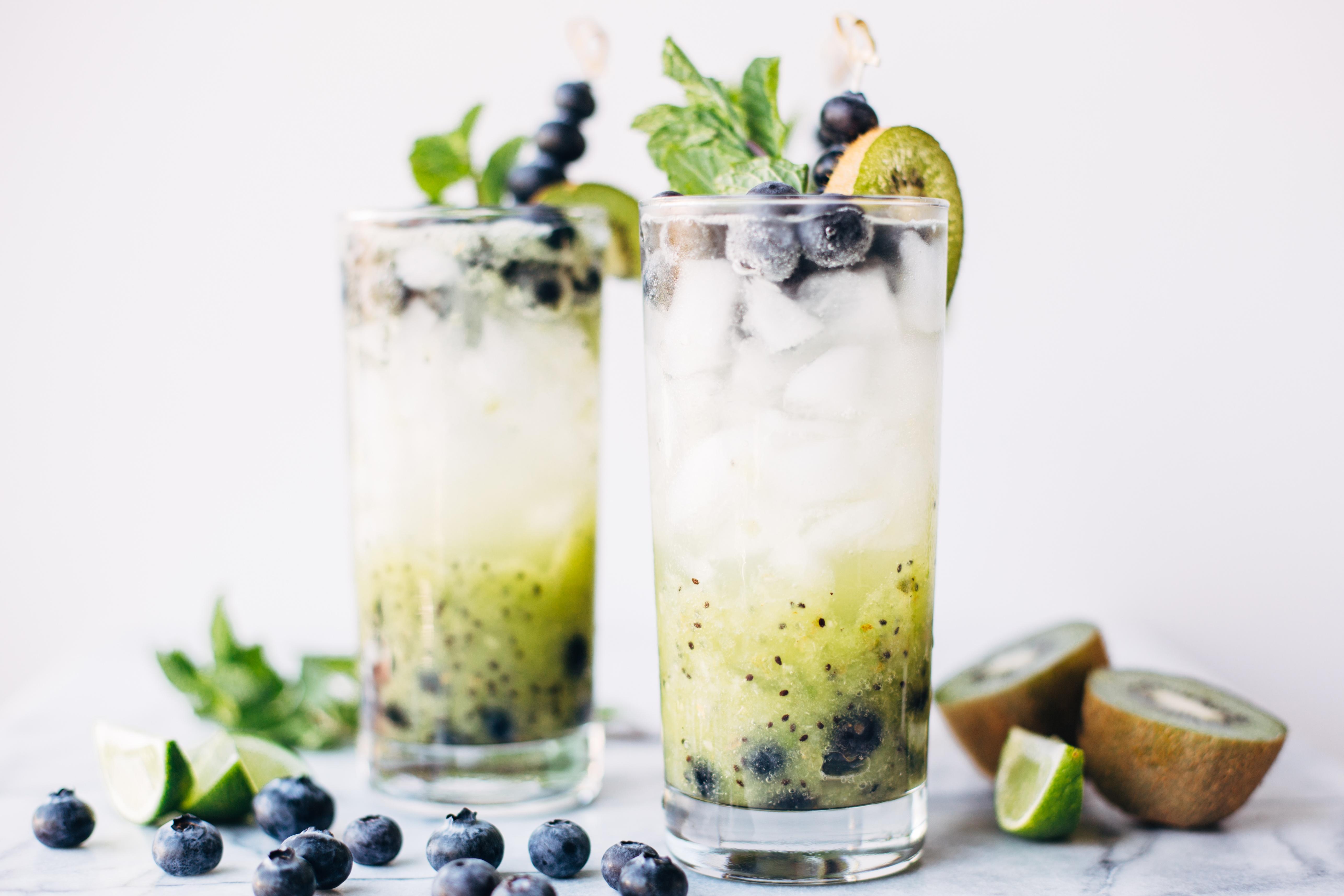 blueberry kiwi mojito-8.jpg