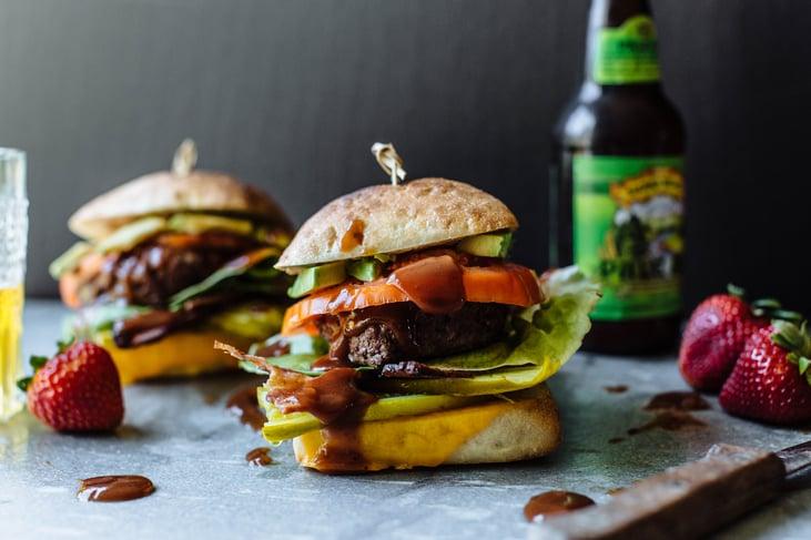 cal giant burger-13.jpg