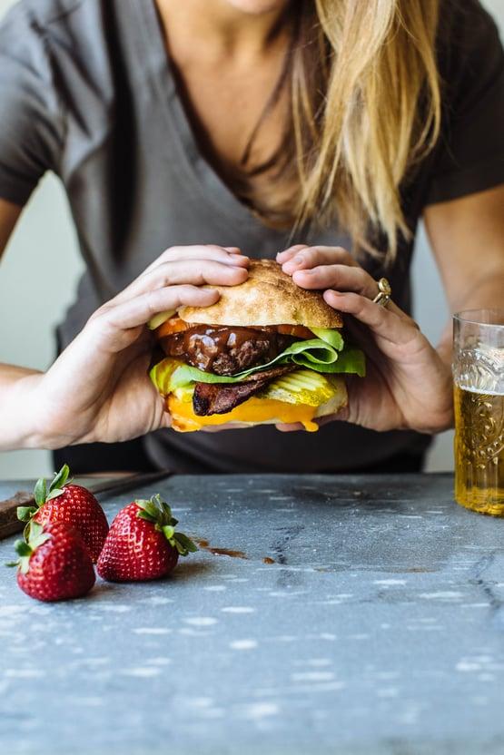 cal giant burger-6.jpg