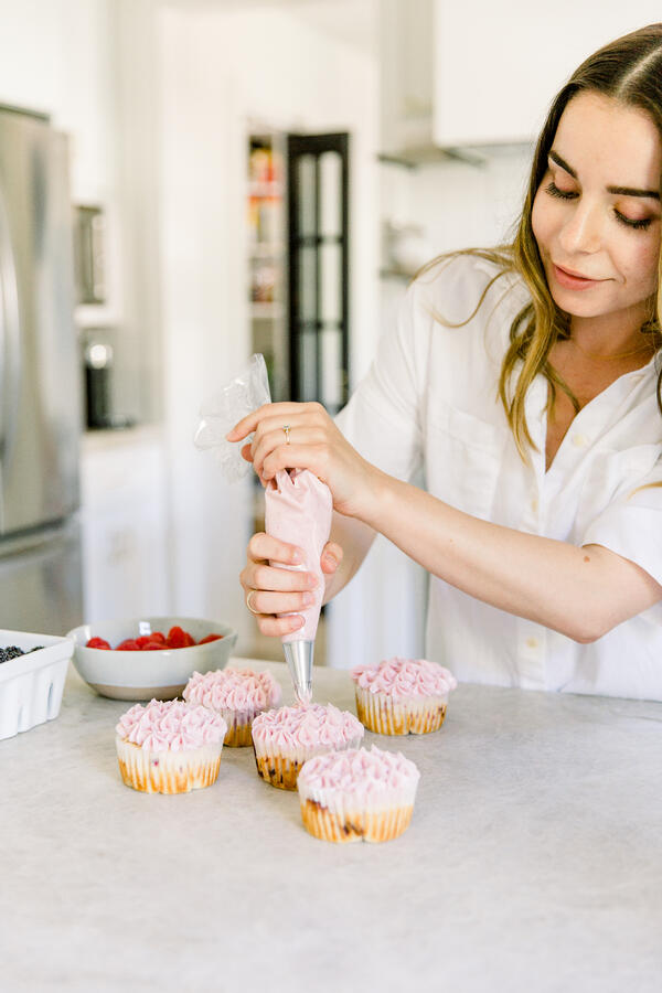 cg gluten free lemon cupcakes-5