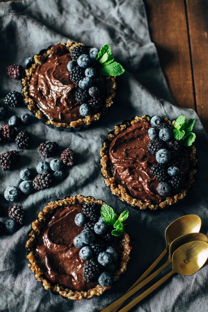 dark chocolate blackberry tart-4.jpg