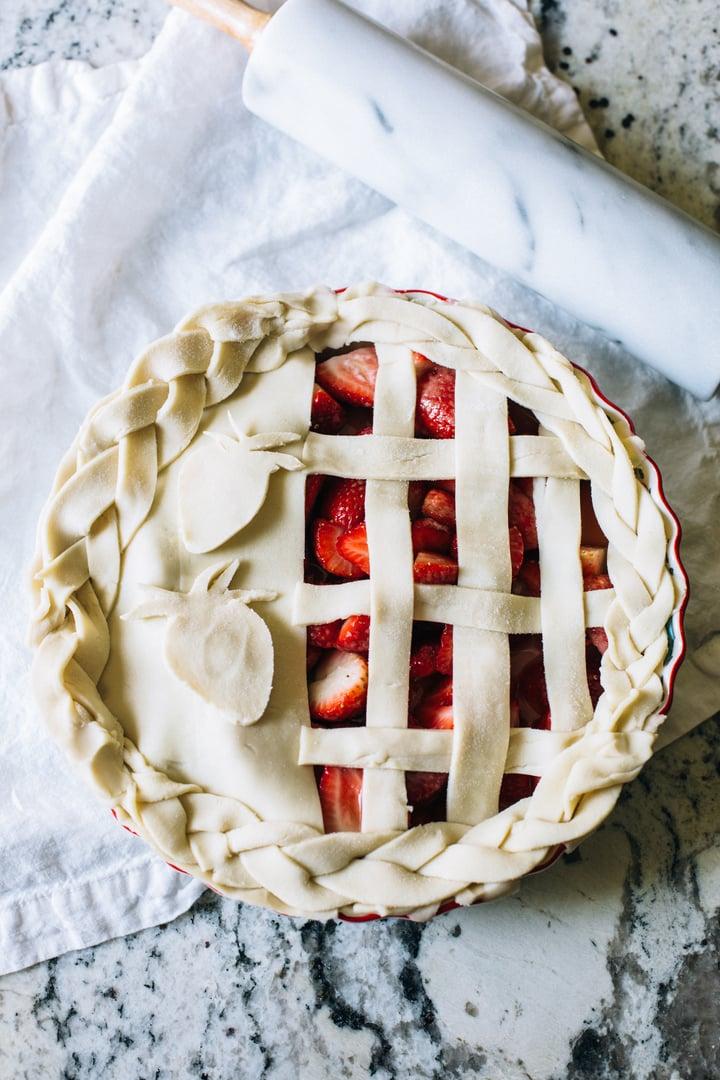 easy_hack_strawberry_pie-6.jpg