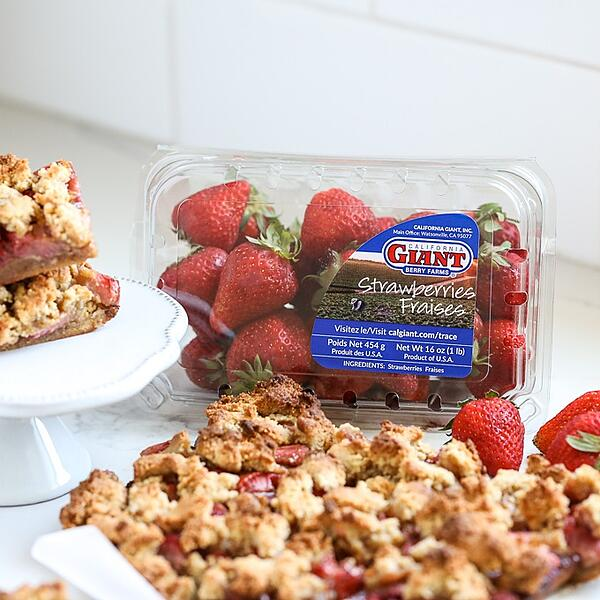 grain-free-strawberry-crumb-bars-4