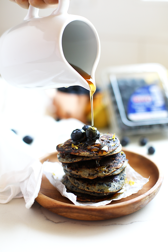 paleo-blueberry-muffin-pancakes-1.png