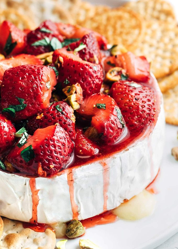 roasted-strawberry-baked-brie-recipe-20-680x952