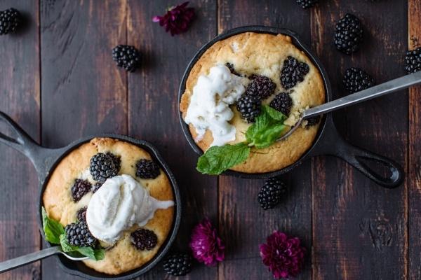 Cast Iron Skillet Blackberry Pound Cake