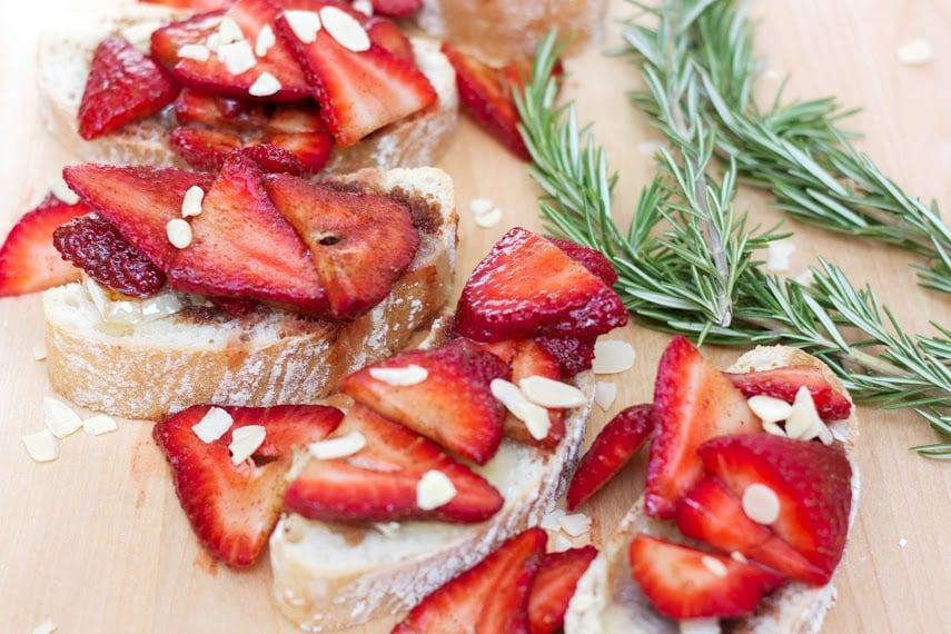 skinny strawberry sandwich