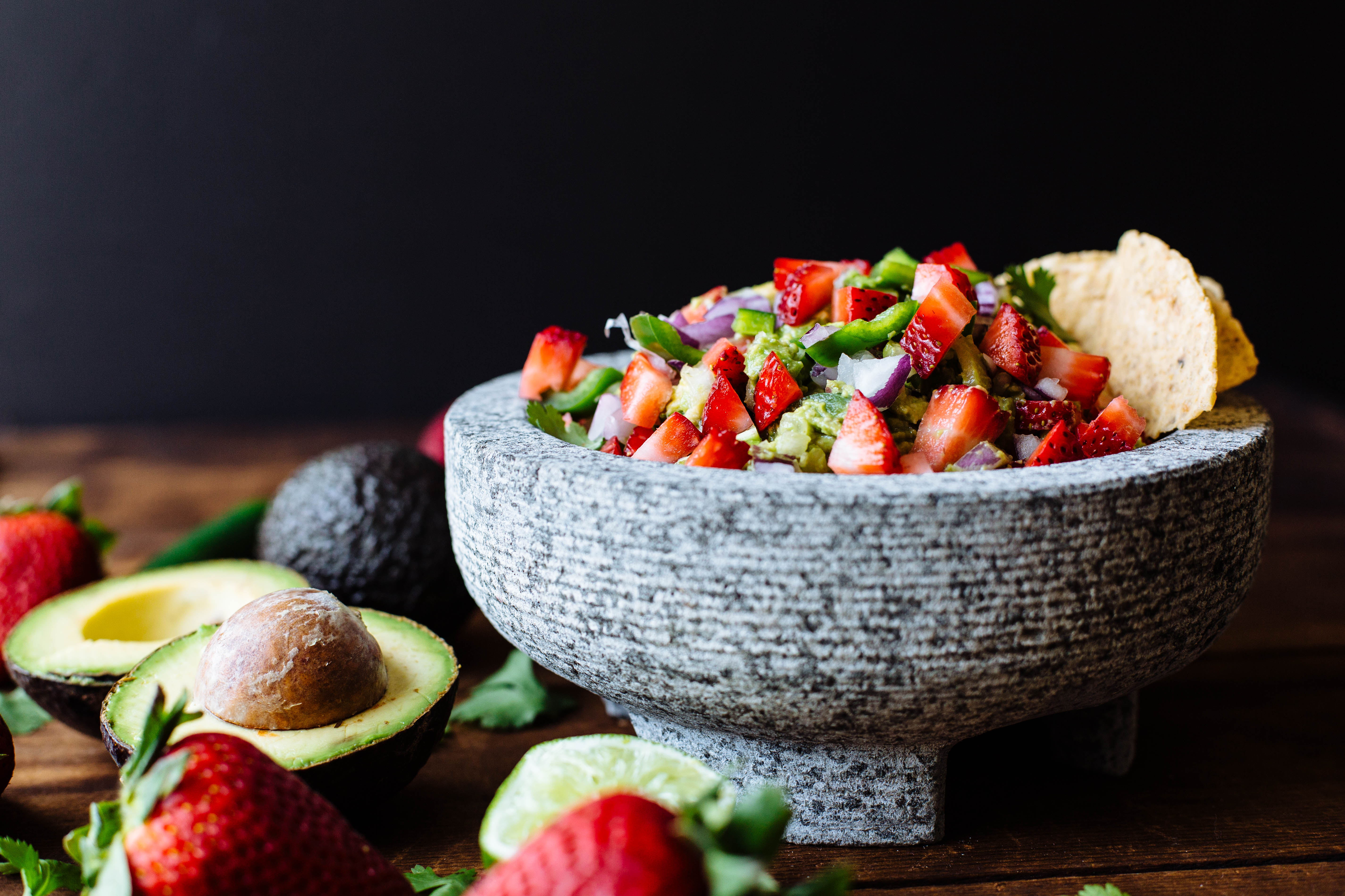 strawberry guacamole-5.jpg
