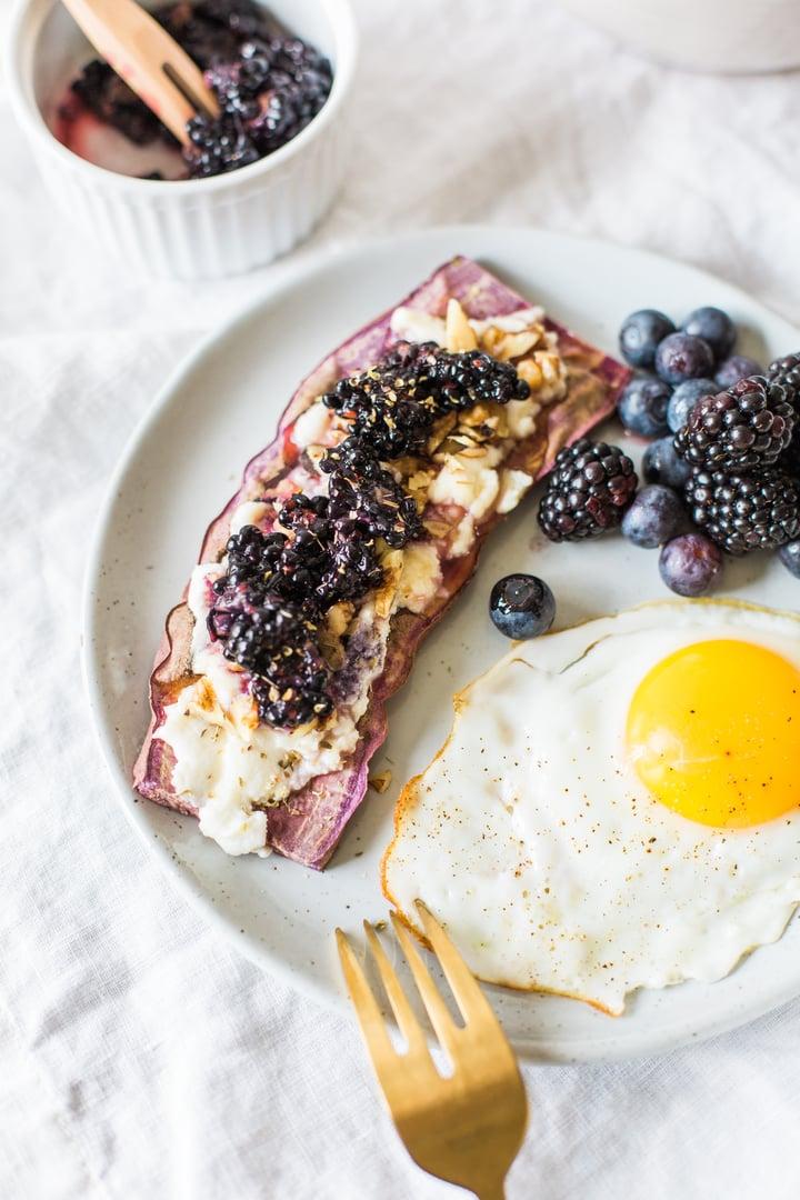 sweet potato berry toast brunch-14.jpg