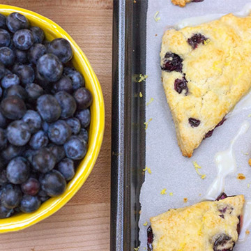 Easy-to-Make Blueberry Lemon Scones