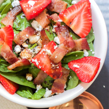 Paleo Strawberry and Bacon Salad