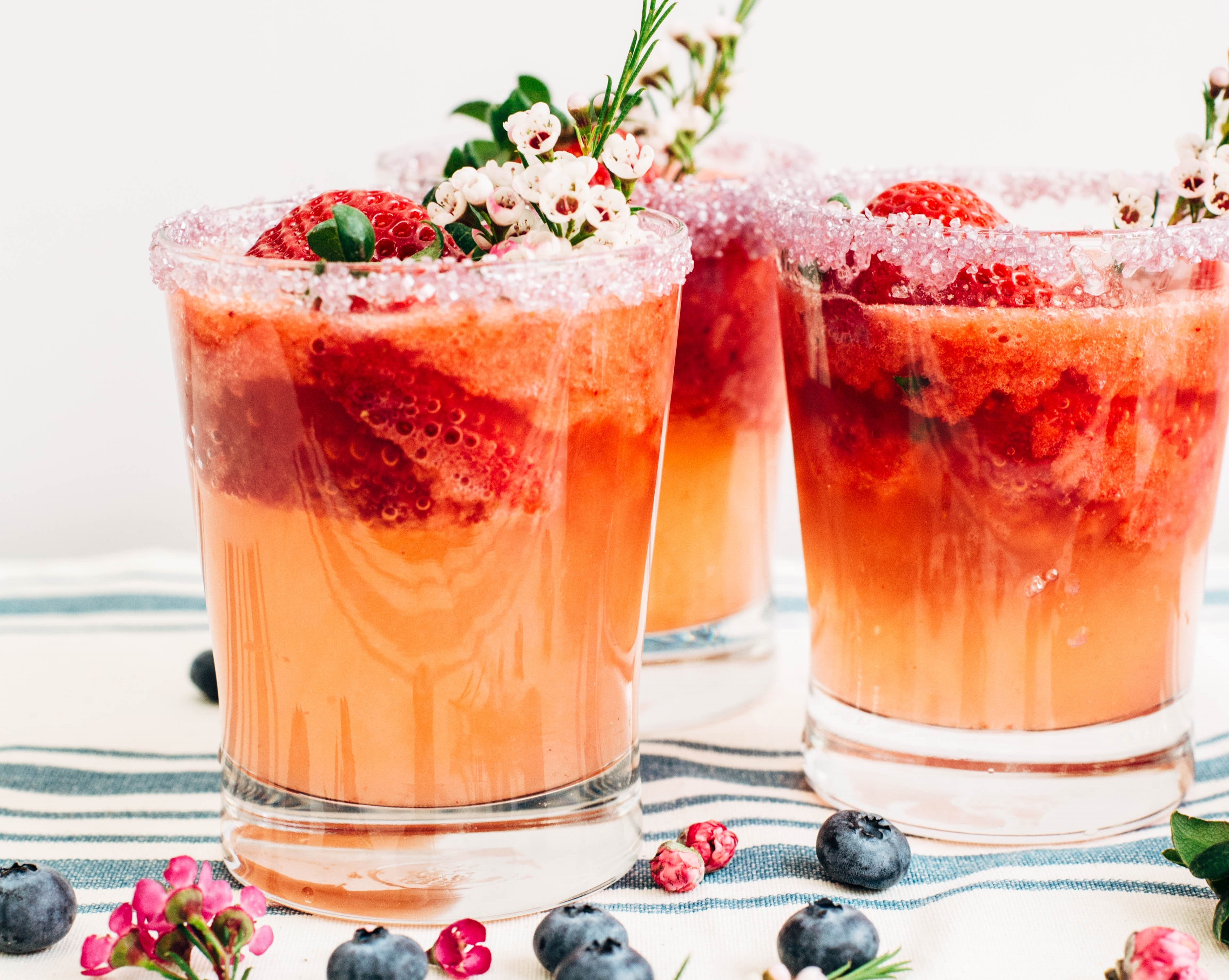 strawberry_lemonade_spritzer-16-838685-edited