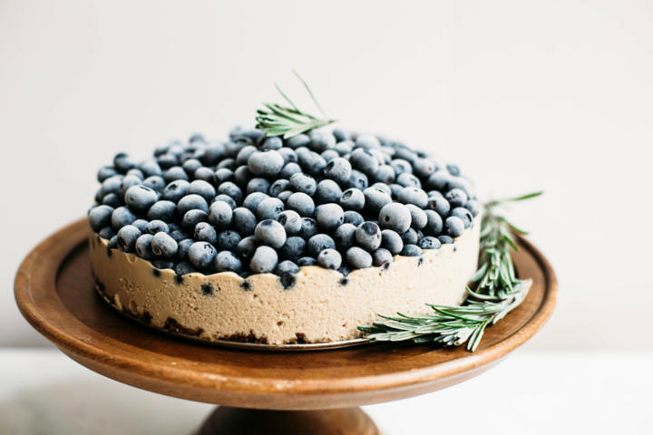 Paleo and Vegan Blueberry Cheesecake