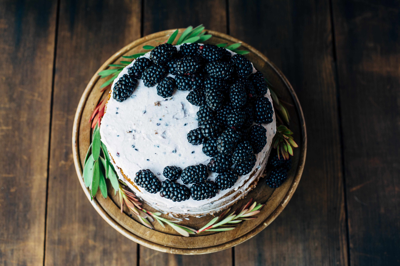 Blackberry Pumpkin Spice Cake