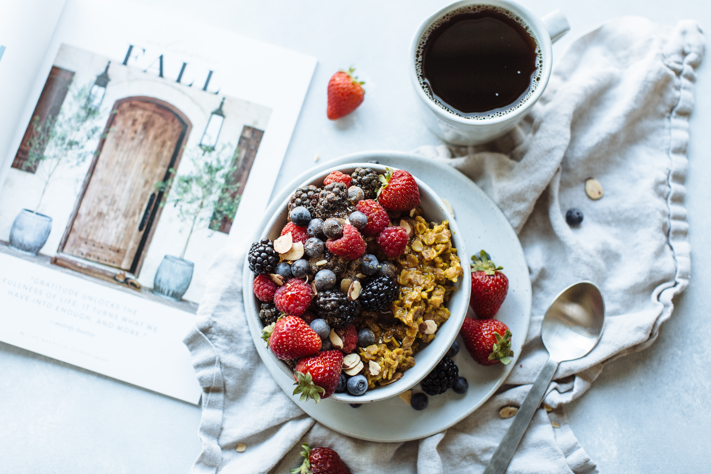 Golden Oatmeal with Cinnamon Sugar Berries