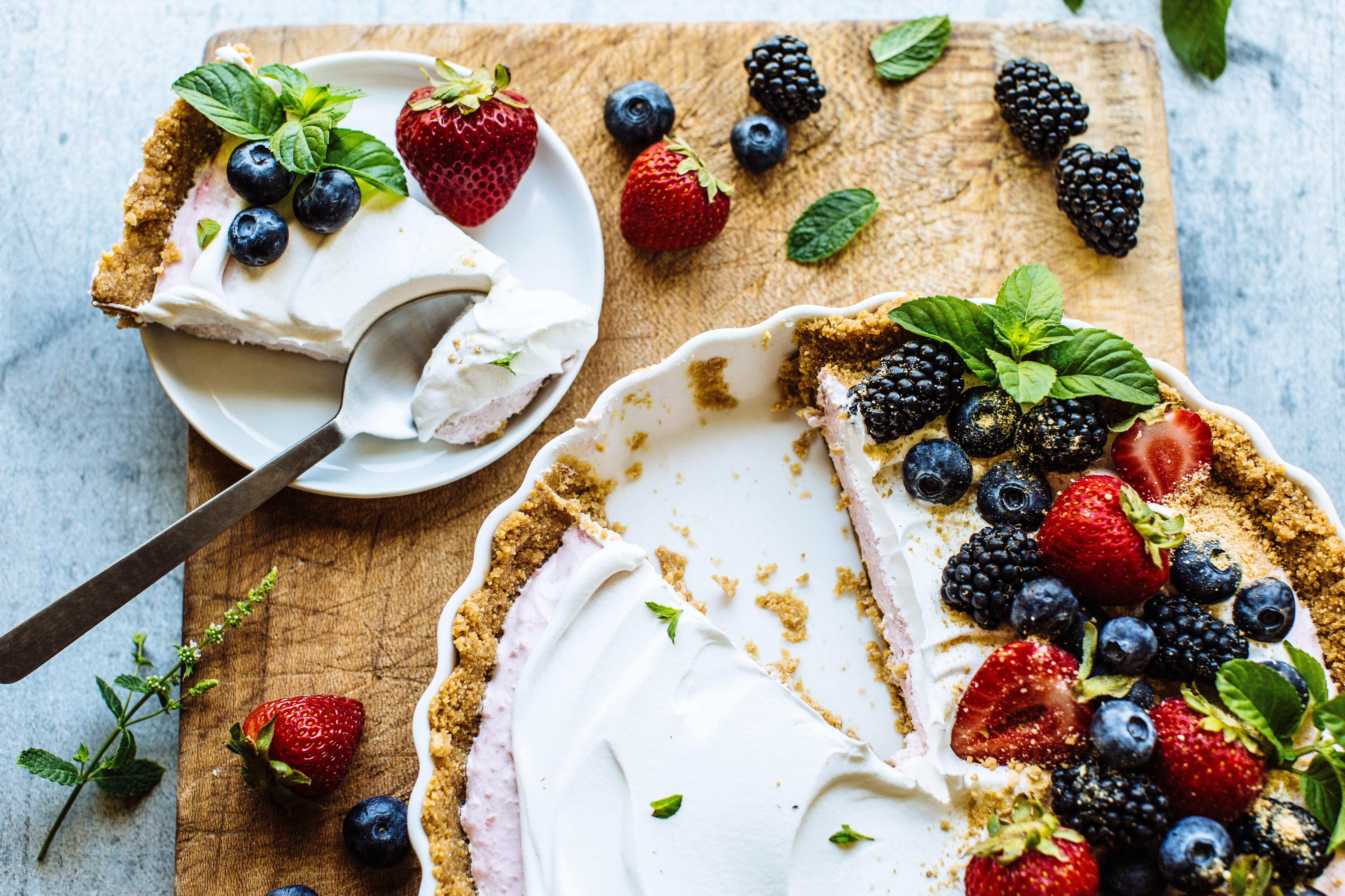 Berry Greek Yogurt Tart