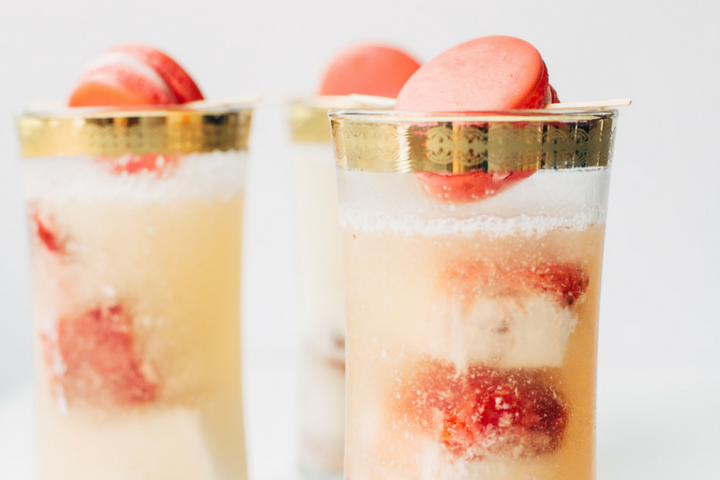 Strawberry Macaroon Cocktail